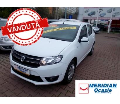 Dacia Sandero alba 2016 1.2 benzina exterior fata