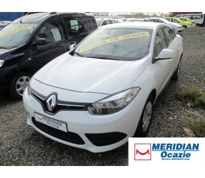 Renault Fluence 2014 alb 1.6 benzina exterior fata