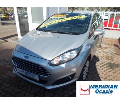 Ford Fiesta gri 2013 1.5 diesel exterior fata