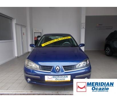 Renault Laguna albastru 2006 1.9 diesel exterior fata