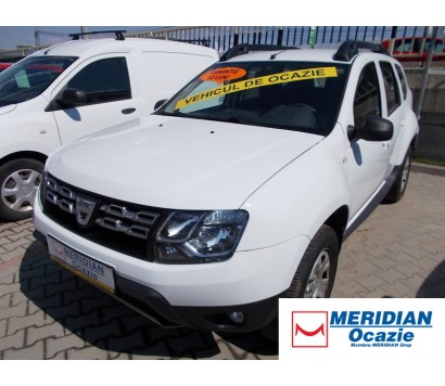 Dacia Duster alba 2014 1.5 diesel exterior fata