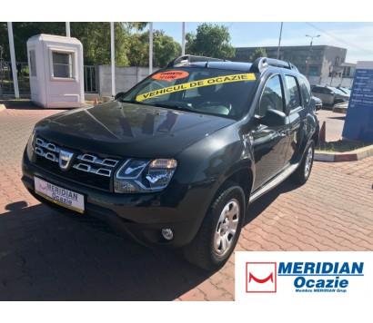 Dacia Duster neagra 2014 1.5 diesel exterior fata