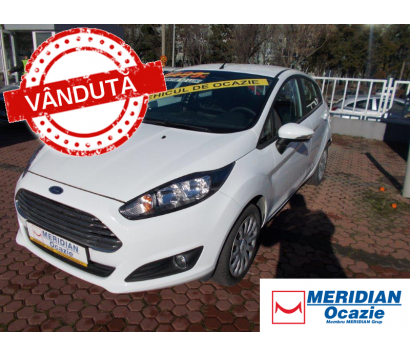 Ford Fiesta alb 2013 1.5 diesel exterior fata